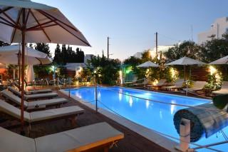 pool villa katerina sunbeds
